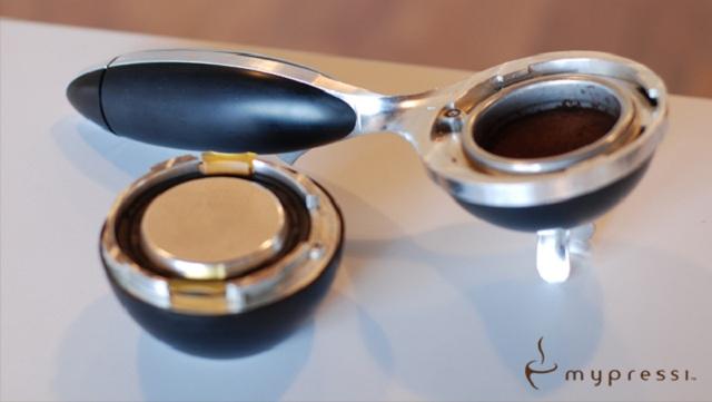 mypressi TWIST Handheld Espresso Maker