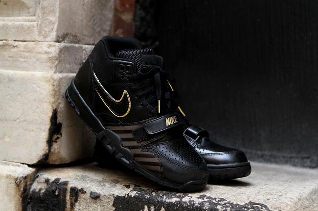 Nike Air Trainer 1 Mid Premium Black