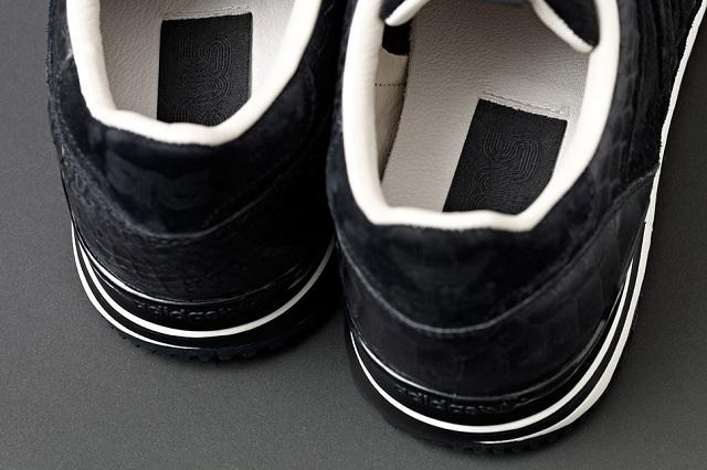adidas Originals ZX 700 Wmns by Sneakersnstuff