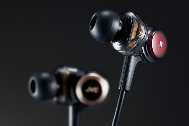 JVC HA-FXZ200 In-Ear Headphone_5