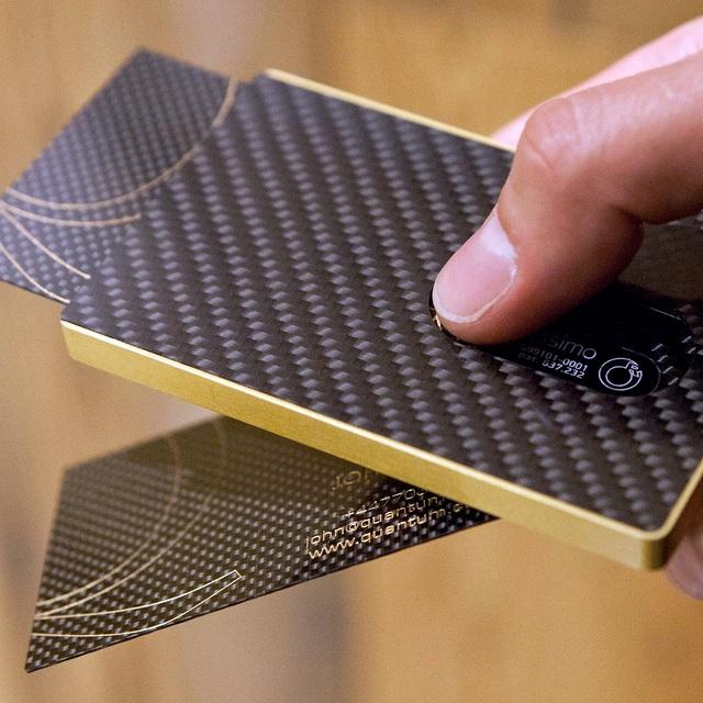 Cardissimo Carbon Fibre Card Case Gold