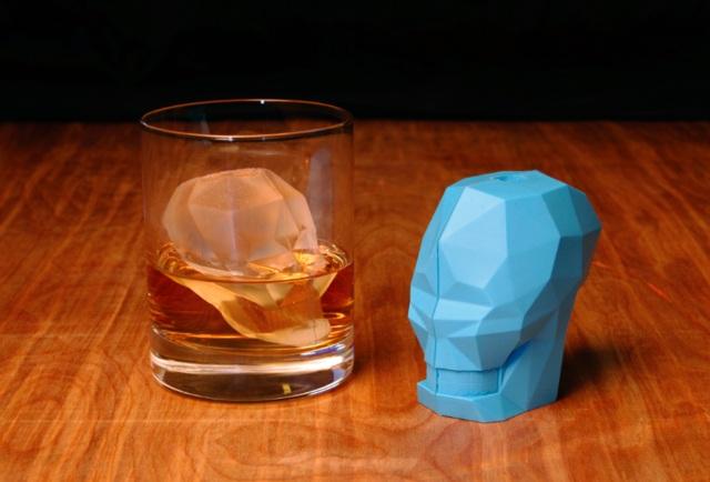 GAMAGO Skull Ice Cube Mold