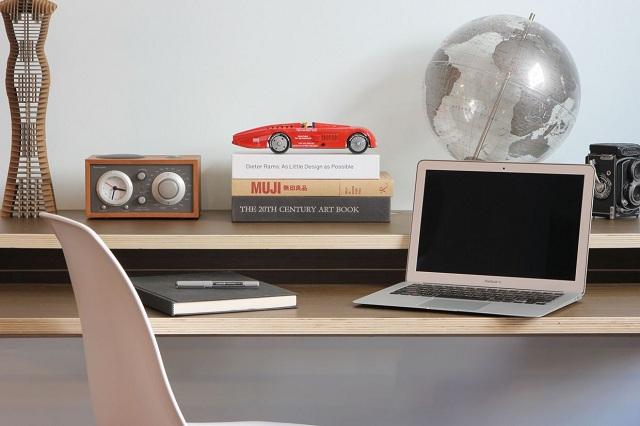 Minimal Float Wall Desk by Orange22 Design Lab_9