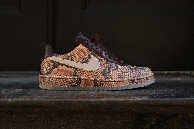 Nike Air Force 1 Downtown Python_2