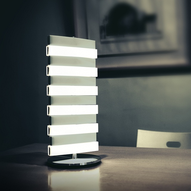 Piano Table Lamp by QisDesign for Square Walnut