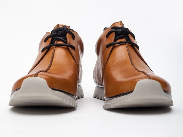 Clarks Sports Traxter Mid Leather Sneakers_3