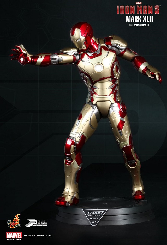 Iron Man 3  - Power Pose Mark XLII_8