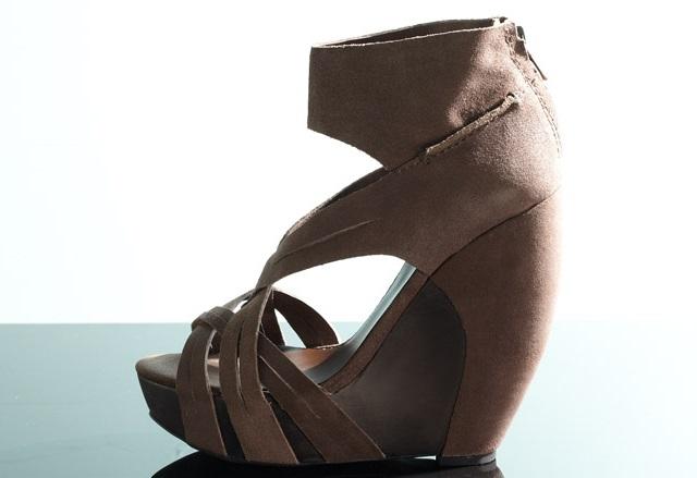 Joe's Jeans Women's Lynn Wedge Sandal