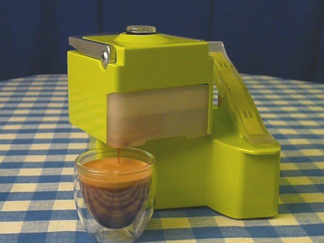 Nomad Portable Espresso Machine_3