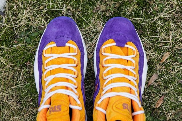 Sneakersnstuff x Reebok Question Mid The Crocus_10