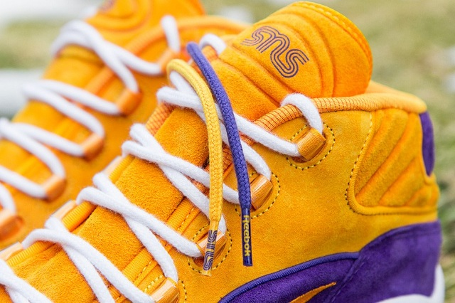 Sneakersnstuff x Reebok Question Mid The Crocus_12