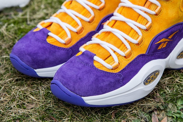 Sneakersnstuff x Reebok Question Mid The Crocus_3