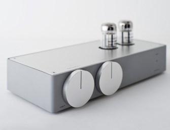 EK JAPAN 22 Hybrid Tube Amplifier