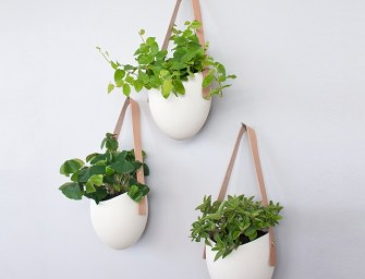 Farrah Sit Statement Planters
