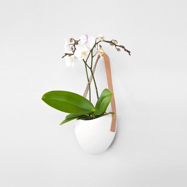Farrah Sit Porcelain and Leather Planter