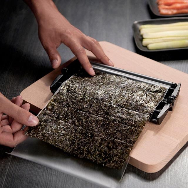Easy Sushi Roller Set + Recipe Booklet_3
