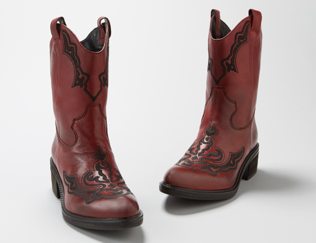 Vic Women's Embroidered Western Boot