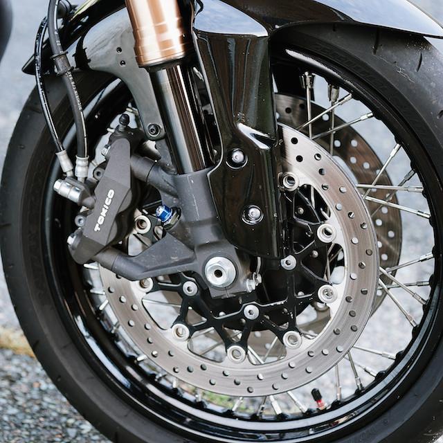 Cognito Moto Custom Honda CB550 Café Racer_8