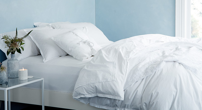 White Out: Bedding & More at Gilt