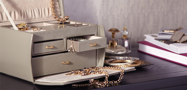 For Safekeeping: Jewelry Boxes in Leather & More at Rue La La