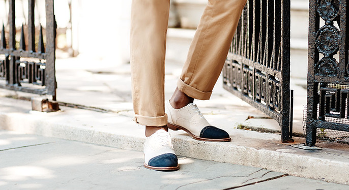 The Classic Cap Toe at Gilt