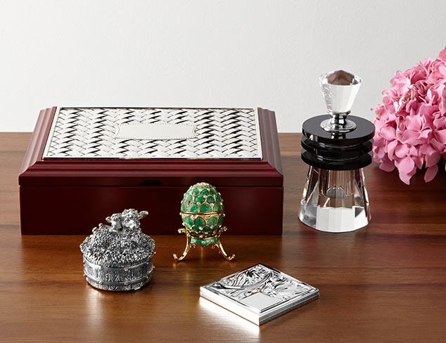 Adorn Your Dresser: Décor Accents at MYHABIT