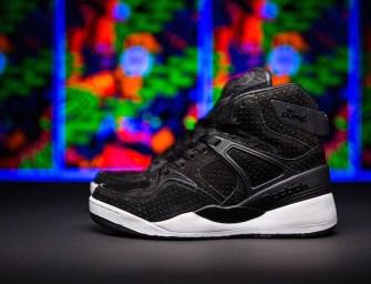 "Sneakersnstuff x Reebok The Pump ""Blacklights"""
