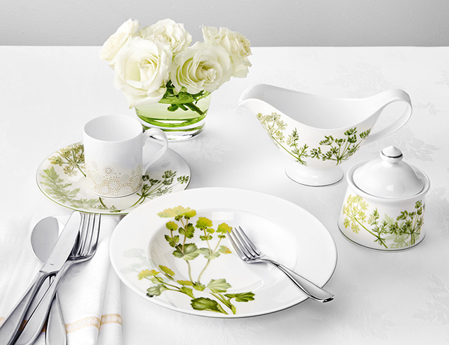A Garden Party Tablescape at MYHABIT