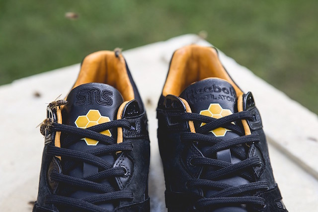 Sneakersnstuff x Reebok Ventilator Bees & Honey_5