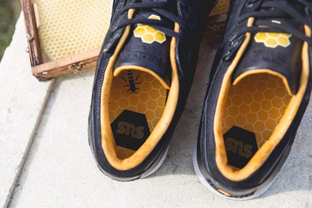 Sneakersnstuff x Reebok Ventilator Bees & Honey_6