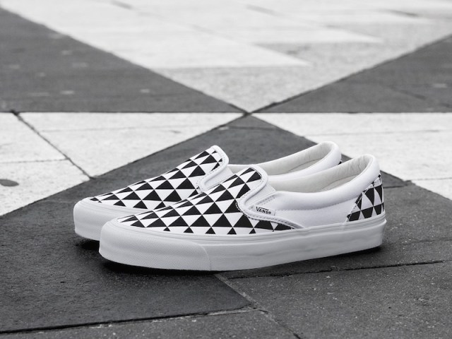 Sneakersnstuff x Vans OG Classic Slip-On LX Stockholm