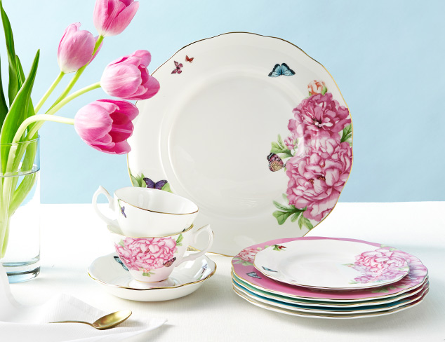 Up to 70 Off Floral Tabletop Pieces at MYHABIT