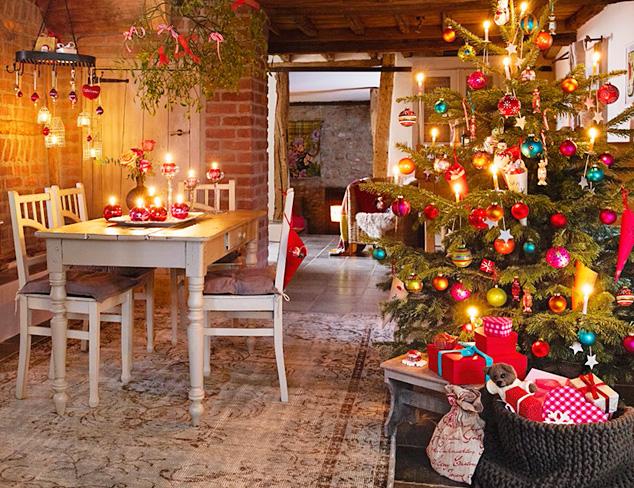 Holiday Habit Traditional Christmas at MYHABIT