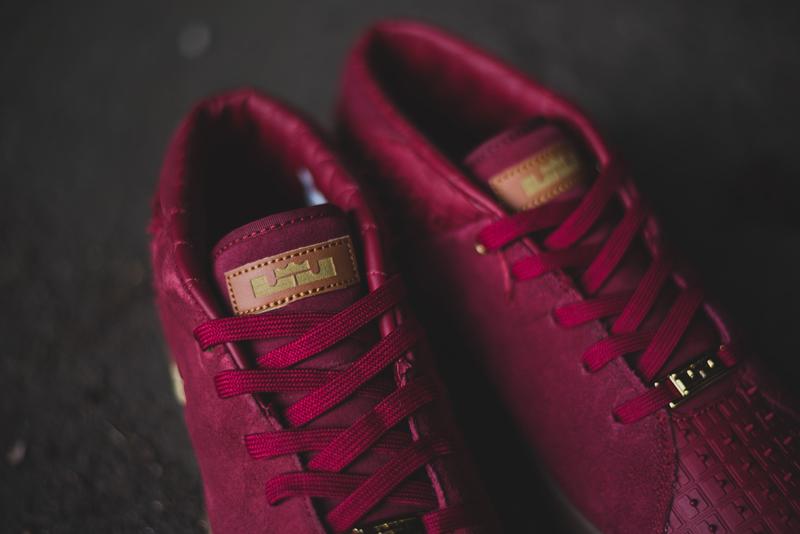 Nike Lebron XIII Lifestyle Team Red & Metallic Gold_4