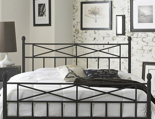 The Modern Minimalist Bedroom at MYHABIT