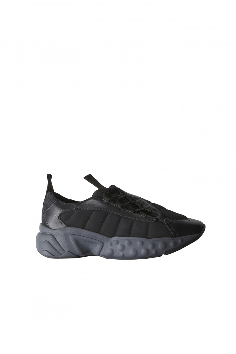 Acne Studios Sofiane Sneaker in Black