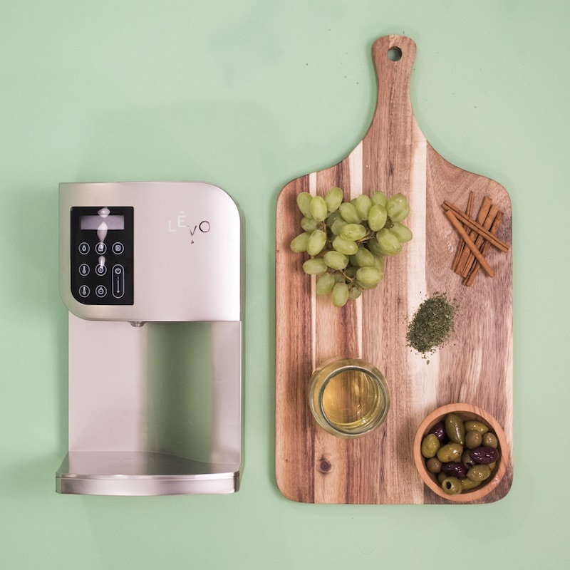 LEVO Oil Infuser Steel With Cutting Board