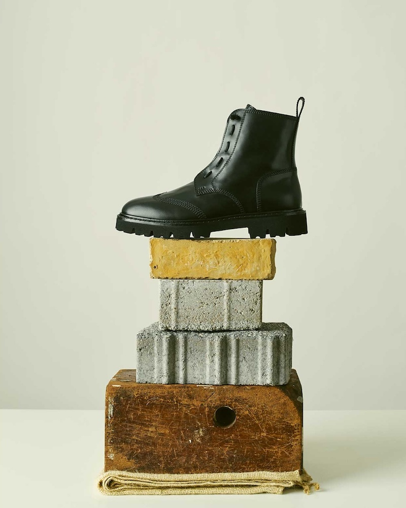 Maison Margiela Tread-Sole Leather Ankle Boots