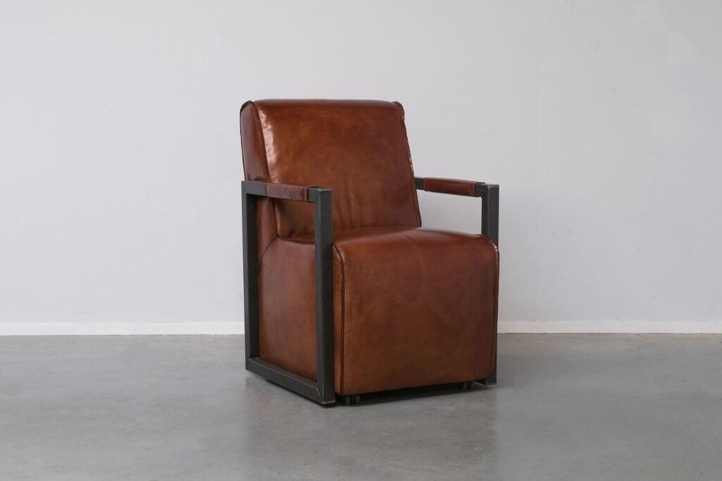 Stoel Metalen Frame : Eetkamerstoel op wielen en metalen frame boy dit is een zeer luxe stoel
