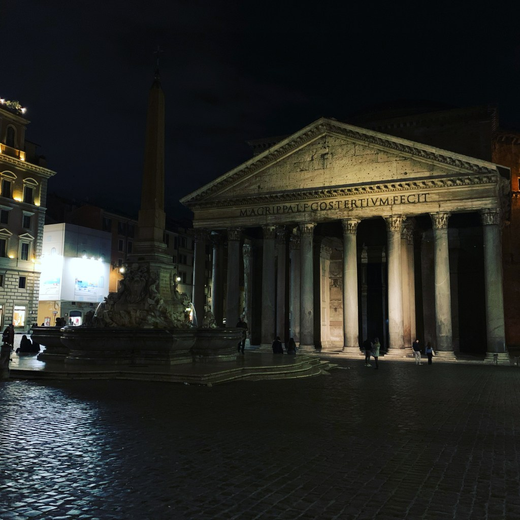 pantheon-rome-italy by Lifetime Traveller- Home if Travel Experiences, Things to see in Rome, Italy, what is Rome famous for,