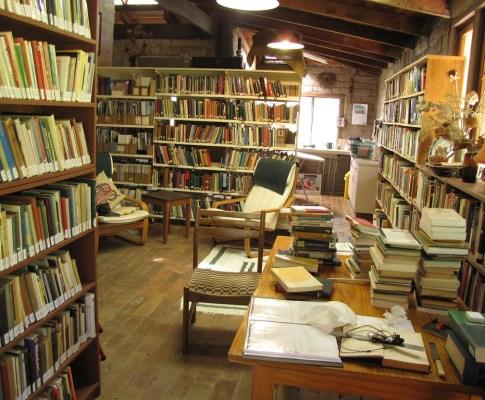 Commonplace: the books speak