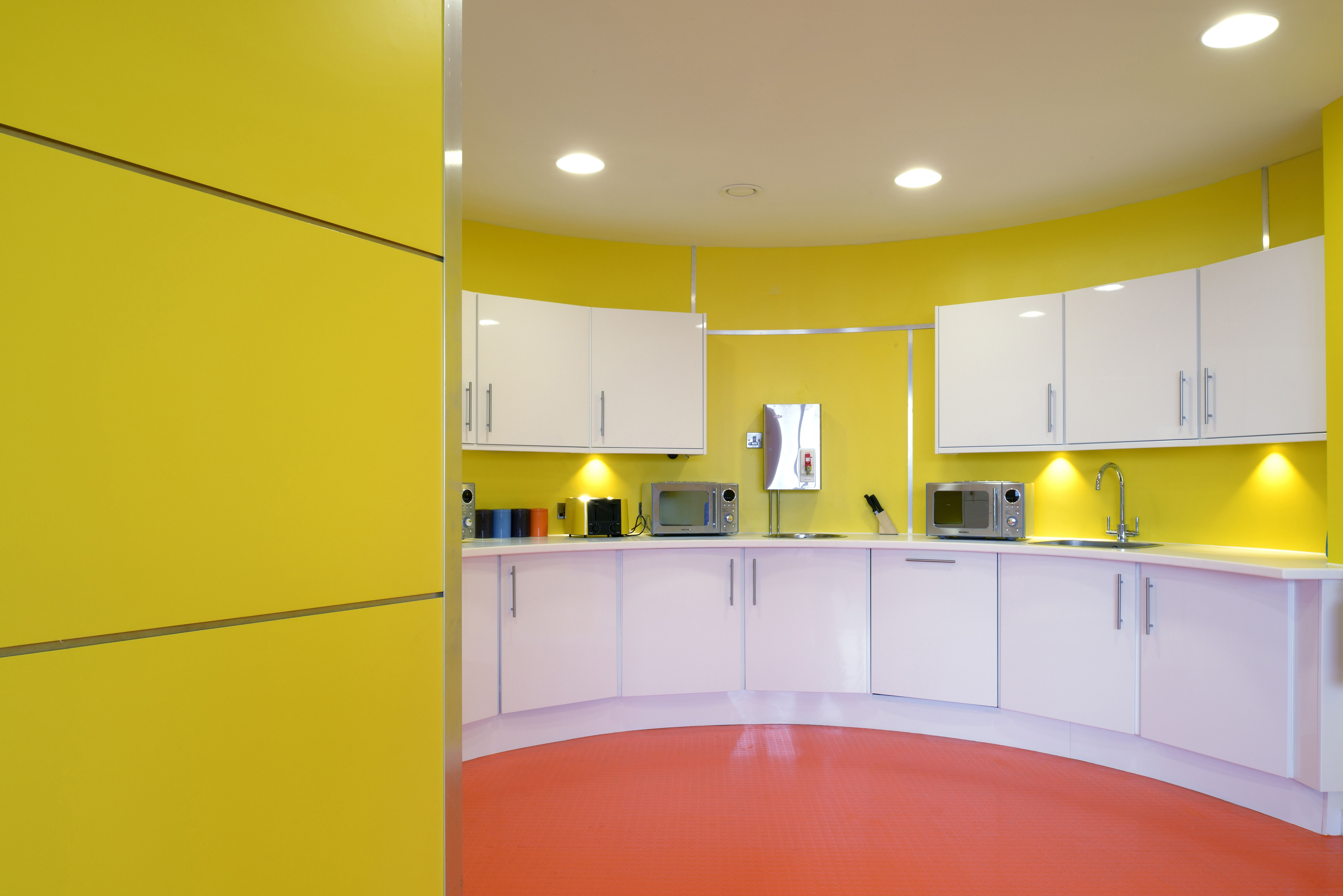 How To Use Shades Of Yellow In Design