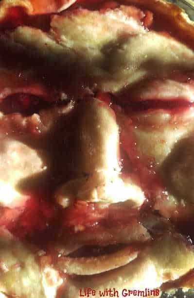 Halloween desserts pie face