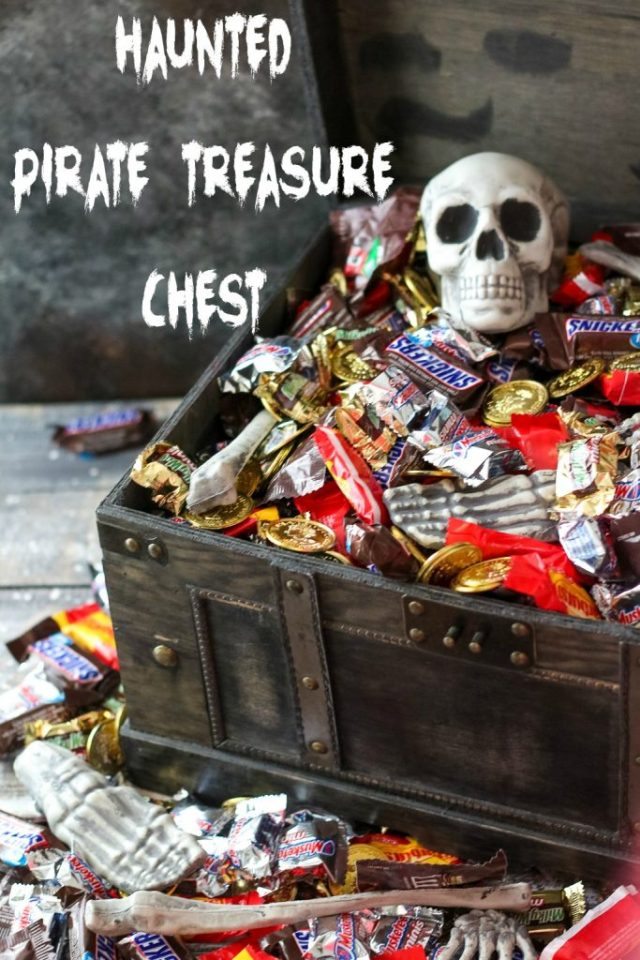 Haunted Pirate Treasure Chest