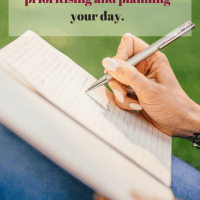 Feeling overwhelmed? Manage your to do list effectively.