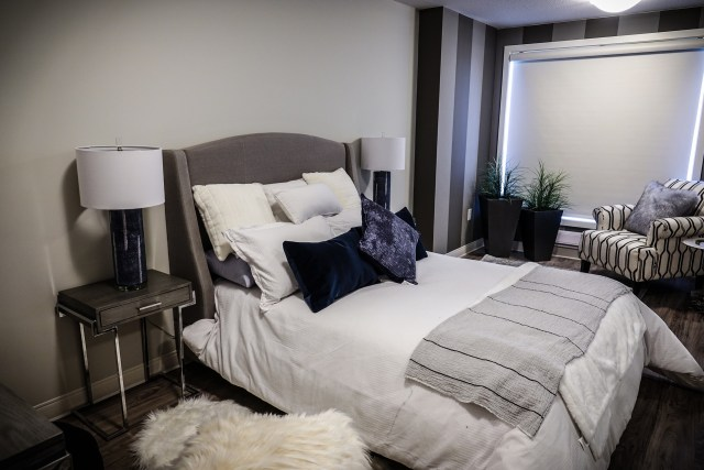 The Clutter-Free Bedroom 4
