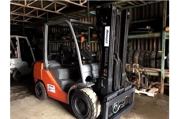 Used Forklift - 01-U6951