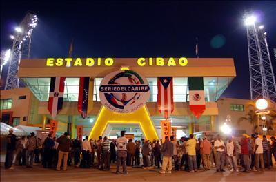 """Presidente de las Aguilas Cibaeñas se queja: """"En el gobierno me pusieron a dar vueltas y no me arreglaron el play"""