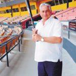 Winston -Chilote- Llenas, quien ha desempeñado todos los roles en las Aguilas, desde pelotero hasta presidente.