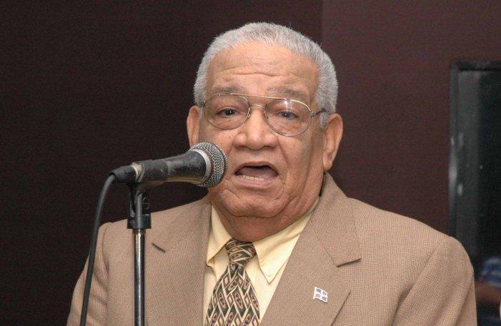 Fallece Papi Pimentel, narrador de las Águilas Cibaeñas